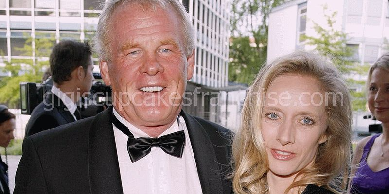la veritat incontestable de la dona de Nick Nolte - clytie lane