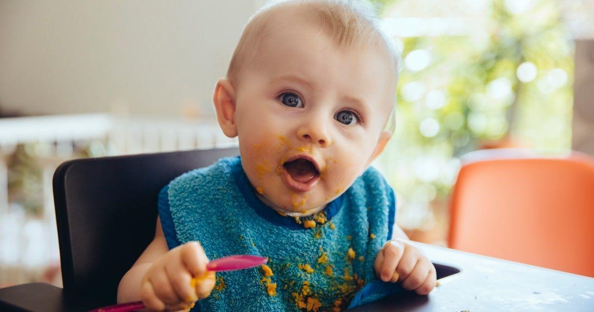 7 Monate altes Baby – Entwicklungsmeilensteine, Wachstum, Ernährung und mehr