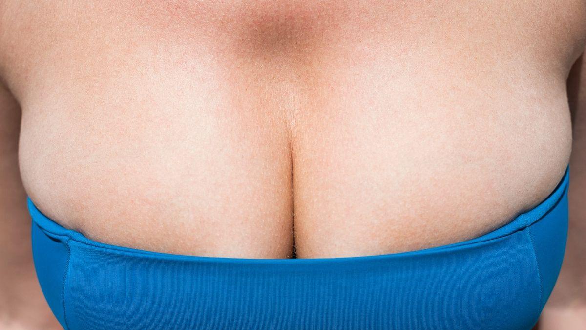 Com'è veramente avere un seno grande