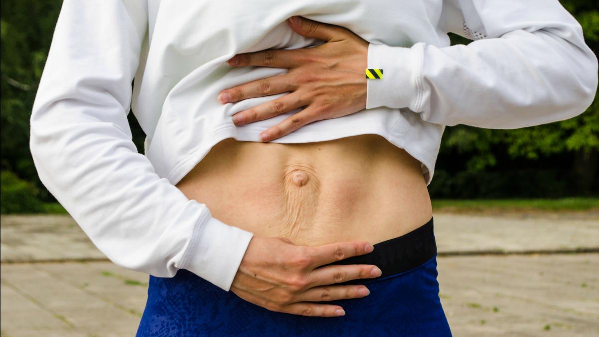 4 suggerimenti per ridurre al minimo la diastasi dei retti durante la gravidanza e il postpartum