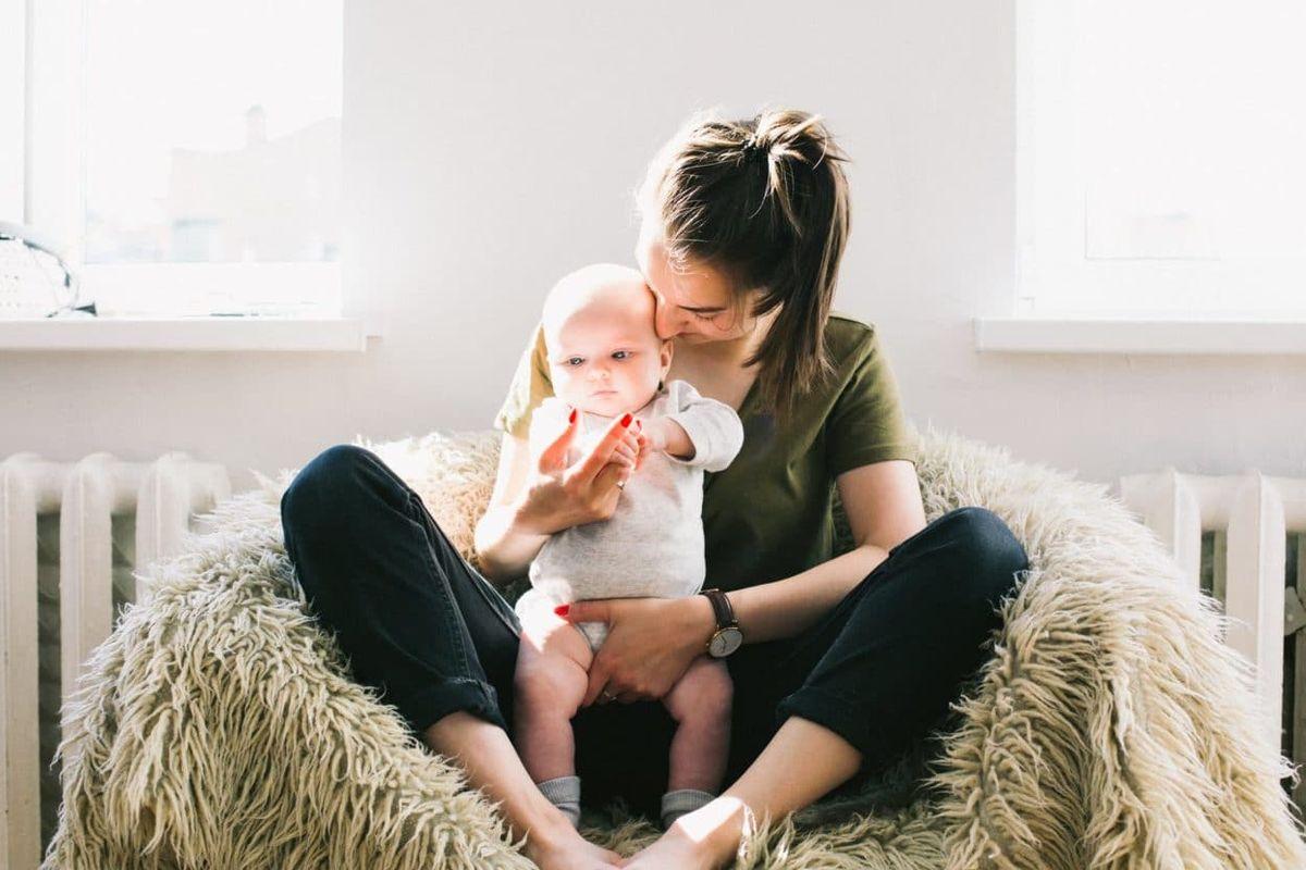 14 migliori regali per le nuove mamme: aiuta a renderle la vita più facile 2021