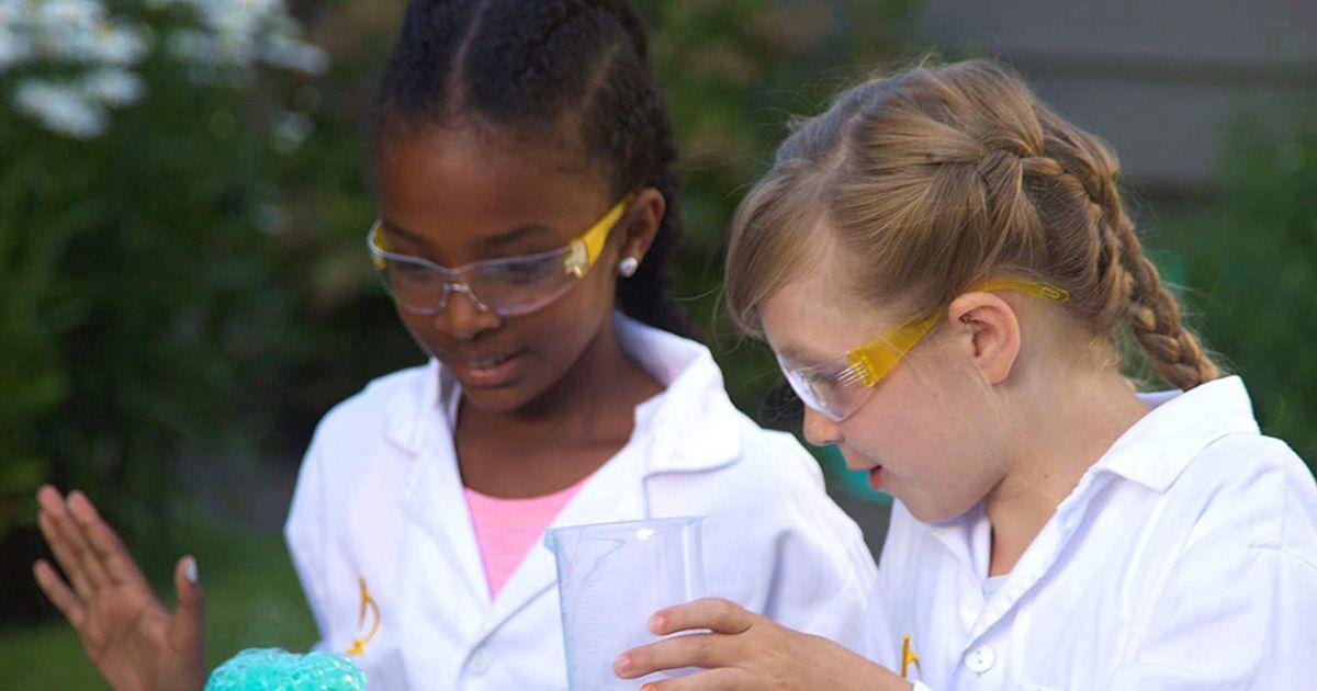 15 legjobb kémiai készlet gyerekeknek, akik szeretik a tudományt 2021