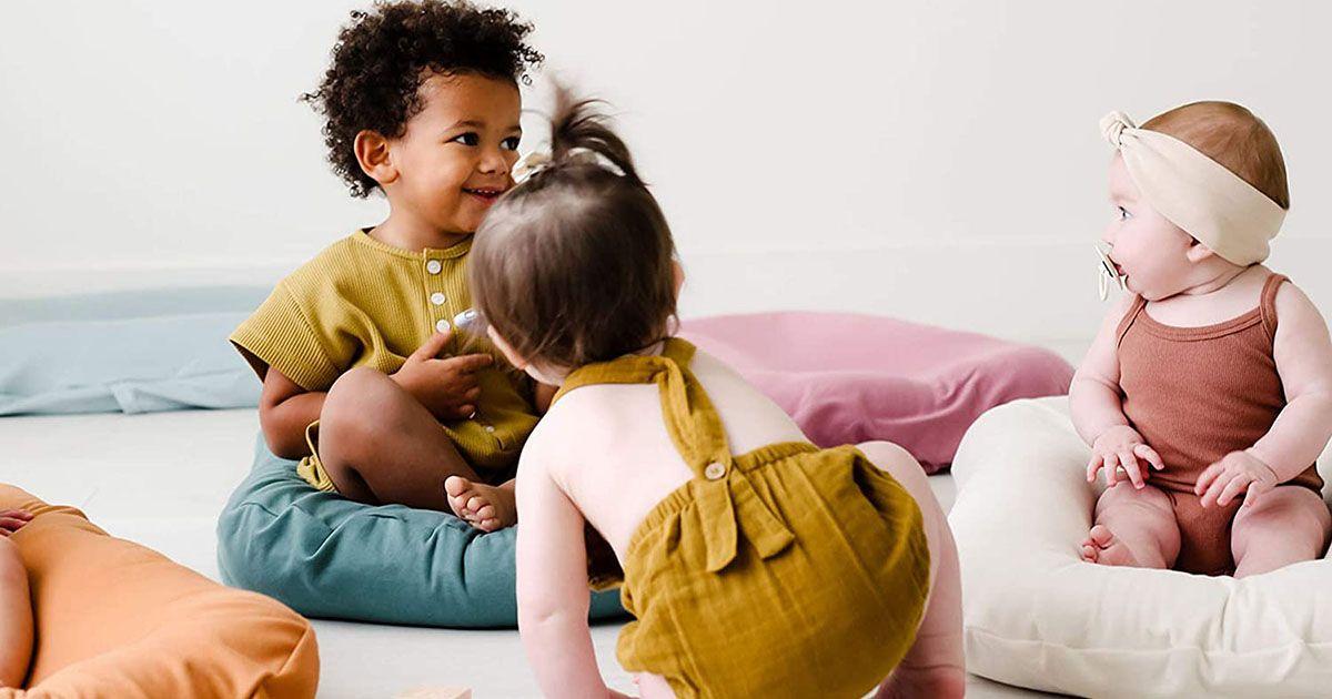 Най-добрите бебешки шезлонги 2021: Boppy, DockATot & More