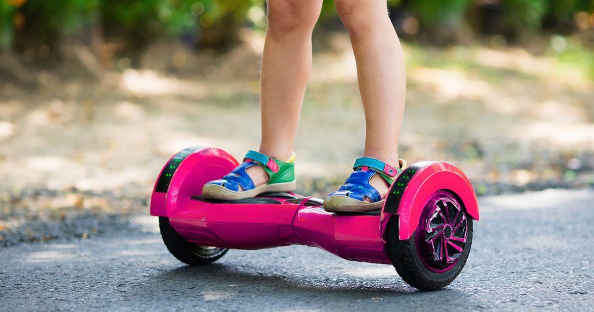 7 Hoverboard Terbaik Untuk Anak-Anak Yang Bersertifikat Keamanan UL 2272 2021